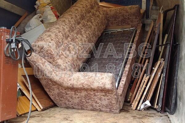 Изхвърляне на стари мебели с Извозва.Бг