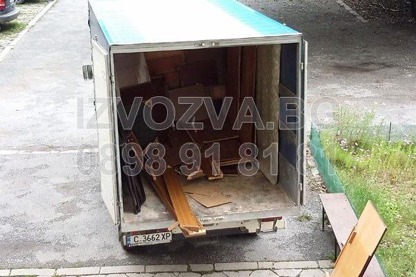 Извозване на строителни отпадъци с камиони в София