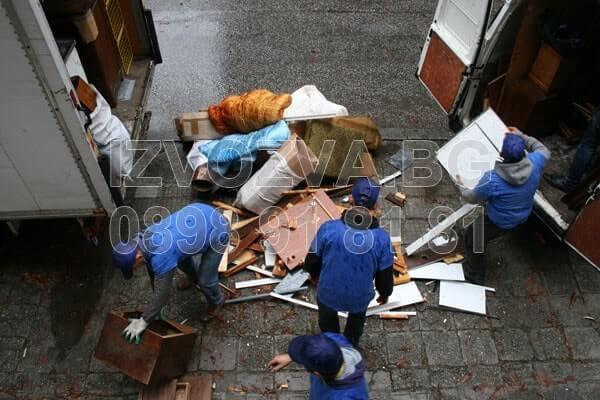 Почистване на битови отпадъци и извозване на боклук