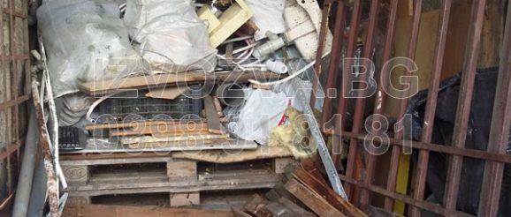 Извозване на битов отпадък от апартамент и мазе